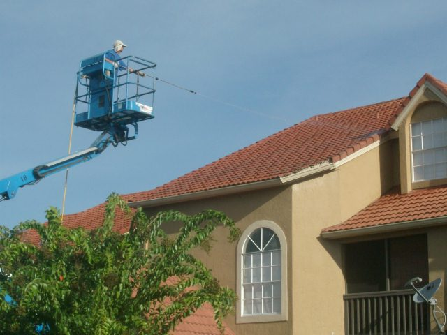 Roof Cleaning Commercial Orlando